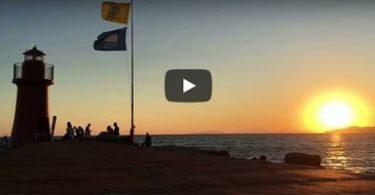 Foto tramonto al faro di Castiglione